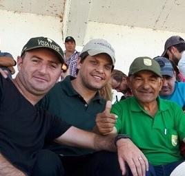 Ariel (dueño de SUSPIRO - XODO VERDE), Marcos - Haras Vista Verde e Jorge Caballero (Haras San Jorge - PY)